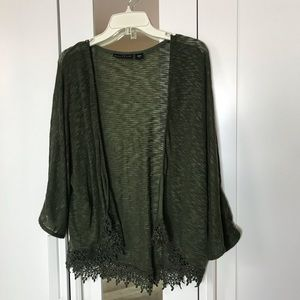 Attention Cardigan Size L
